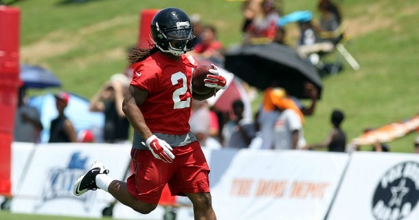 Devonta Freeman back and healthy is a 'big deal,'...
