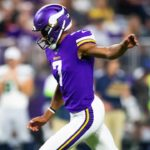 Vikings Try Vedvik at Placekicker; Roll Through...