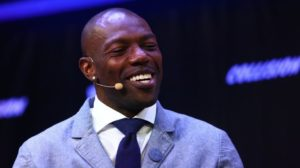 Terrell Owens has some advice for Antonio Brown,...