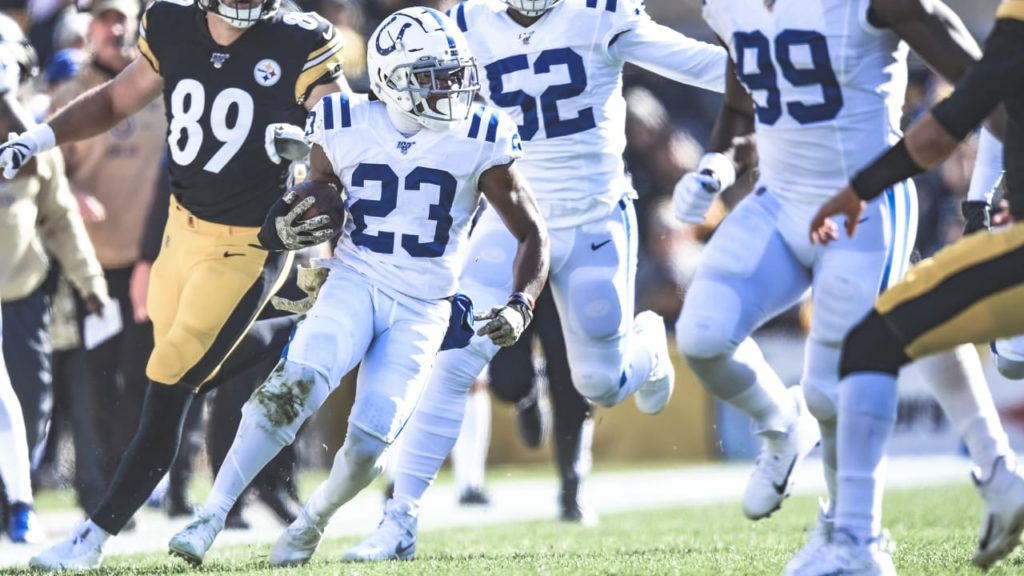 Colts' Kenny Moore II & Marvell Tell III Make Pro...