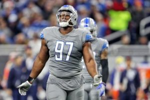 Eagles Ink DT Akeem Spence to Replace Injured...