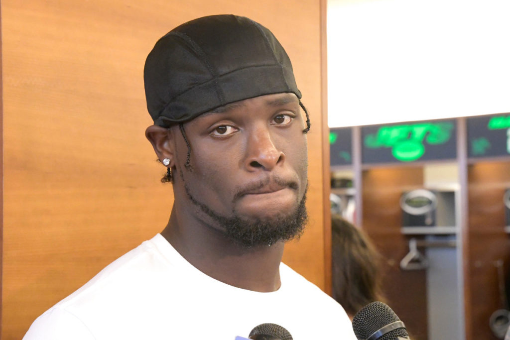 Le'Veon Bell getting MRI as Jets offense falls...